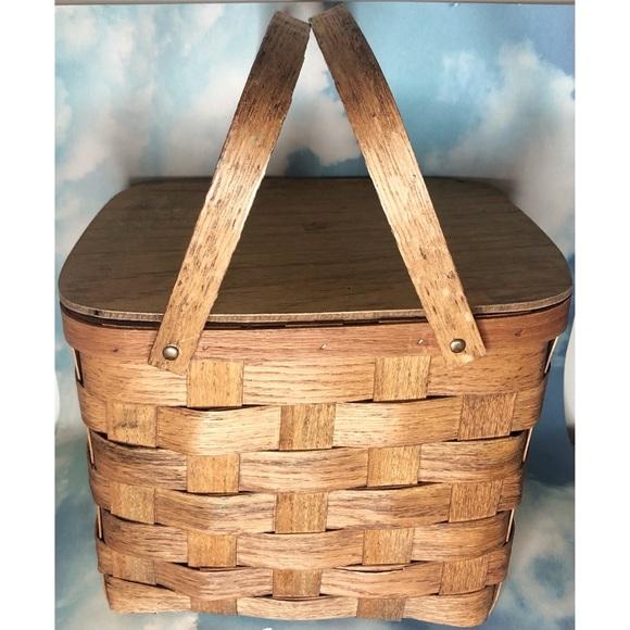 Vintage woven picnic basket wood hinged lid